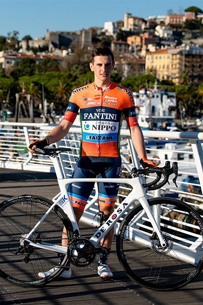 slideshow img of Damiano Cima